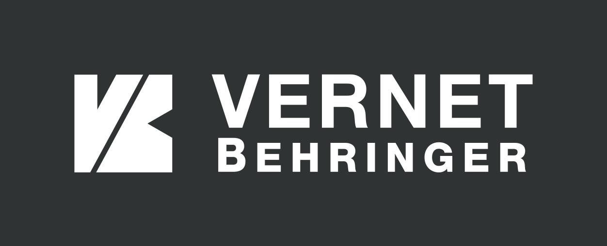 VERNET_BEHRINGER_logo_blanc_fond_gris_anthracite